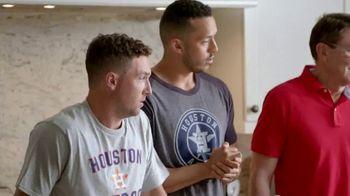 H-E-B TV Spot, 'Houston Astros: Robot Chef' Featuring José Altuve, George Springer - Thumbnail 6