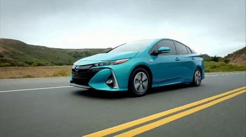 2019 Toyota Prius TV Spot, 'Best of Both Worlds' [T2] - Thumbnail 5