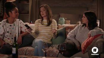 Olive Garden To-Go TV Spot, 'The Bold Type: Italian Movie Night' - Thumbnail 6