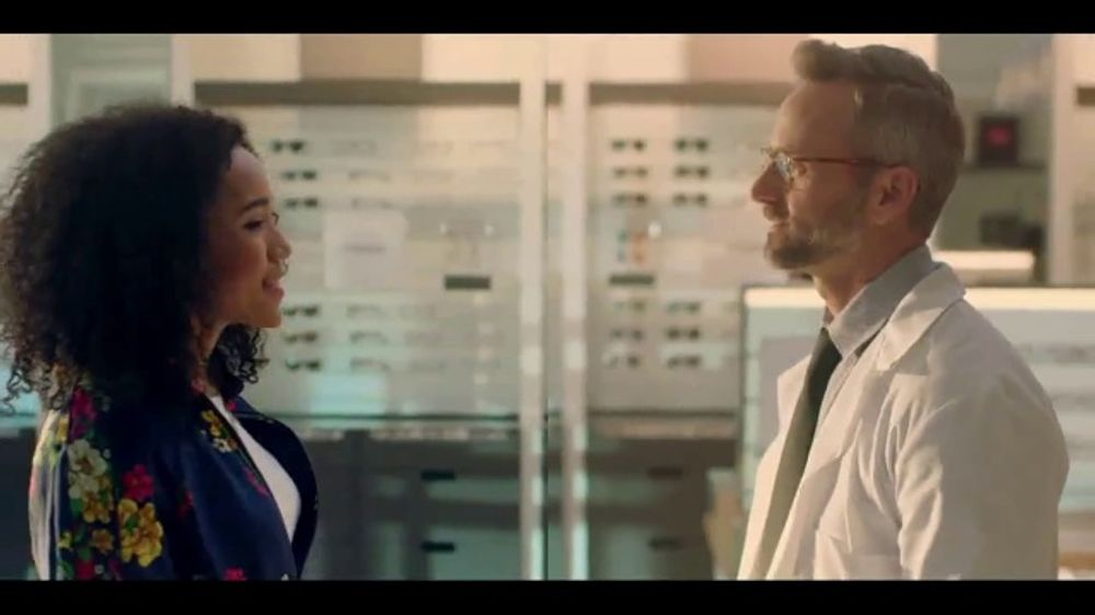 a5fc1b7eb02 LensCrafters TV Commercial