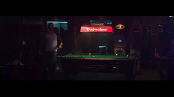 Budweiser Reserve Copper Lager TV Spot, 'There's a New Bud in Town' Featuring Charlize Theron - Thumbnail 3