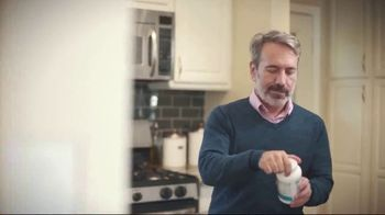 VitaCost.com TV Spot, 'Be Healthy, Be Happy' - Thumbnail 8