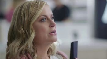 XFINITY Internet and TV TV Spot, 'At Home: Starz & Showtime' Featuring Amy Poehler - Thumbnail 1