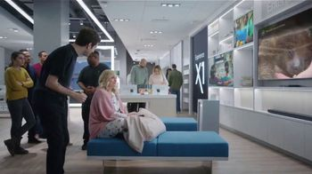 XFINITY Internet and TV TV Spot, 'At Home: Starz & Showtime' Featuring Amy Poehler - Thumbnail 4