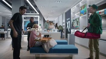 XFINITY Internet and TV TV Spot, 'At Home: Starz & Showtime' Featuring Amy Poehler - Thumbnail 8
