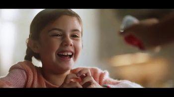 Kinder Joy TV Spot, 'Big Smiles' Song by Brenton Wood - Thumbnail 7