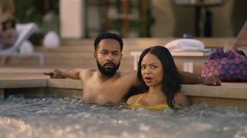 GEICO TV Spot, 'Lobster Hot Tub Party' - Thumbnail 2