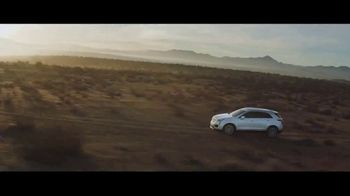 2019 Cadillac XT5 TV Spot, 'Take Flight' Song by Childish Gambino [T1] - Thumbnail 3