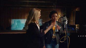 Walmart TV Spot, 'The Voice Actress, Styled by Tara Swennen' - Thumbnail 10