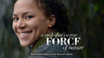 Burt's Bees Toothpaste TV Spot, 'Giving Your Family Something to Smile About'