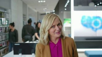 XFINITY Mobile TV Spot, 'Pulling My Leg: Get $250 Back' Featuring Amy Poehler - Thumbnail 4