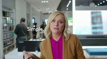 XFINITY Mobile TV Spot, 'Pulling My Leg: Get $250 Back' Featuring Amy Poehler - Thumbnail 7