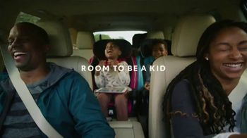 2019 Toyota Highlander TV Spot, 'Room to Be a Kid' [T2] - Thumbnail 3