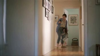 Google Home Hub TV Spot, 'Morning' - Thumbnail 4