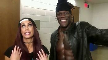Facebook Watch TV Spot, 'WWE Mixed Match: Hardy and Charlotte vs. R-Truth and Carmella' - Thumbnail 9