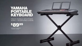 Guitar Center TV Spot, '2018 Holidays: Yamaha Keyboard Bundle' Song by The Internet - Thumbnail 7