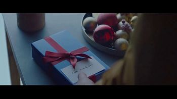Samsung Galaxy TV Spot, 'Be Together: Gift From Mom and Dad' Song by Reneé Dominique - Thumbnail 2