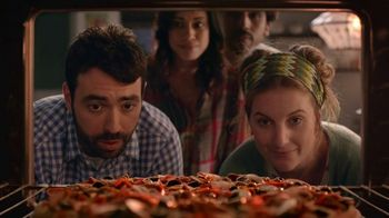 Papa Murphy's Cowboy Pizza TV Spot, 'A Little Something in the Oven' - Thumbnail 1