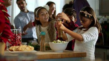 Walmart TV Spot, 'La fiesta empieza en la cocina' canción de J Balvin [Spanish] - Thumbnail 5