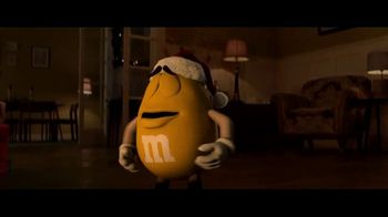 M&M's TV Spot, 'Saving Christmas' - Thumbnail 3