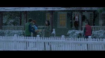 M&M's TV Spot, 'Saving Christmas' - Thumbnail 8