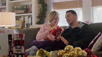 JCPenney TV Spot, '2018 Holidays: Xersion Apparel for the Family' - Thumbnail 7