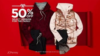 JCPenney TV Spot, 'Holidays: Xersion Apparel for the Family' - Thumbnail 8