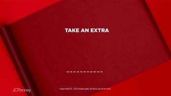 JCPenney TV Spot, 'Holidays: Xersion Apparel for the Family' - Thumbnail 9