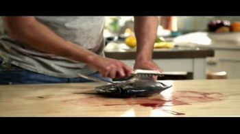 Clorox Disinfecting Wipes TV Spot, 'Fish Dinner' - Thumbnail 5