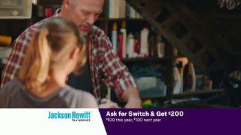 Jackson Hewitt TV Spot, 'Car Wall of More' - Thumbnail 2