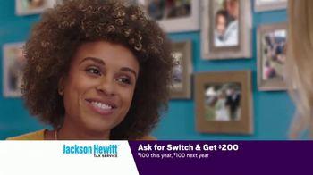 Jackson Hewitt TV Spot, 'Car Wall of More' - Thumbnail 6