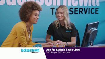 Jackson Hewitt TV Spot, 'Car Wall of More' - Thumbnail 7