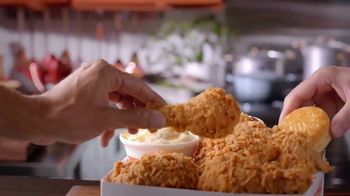 Popeyes 2 Can Dine for $10 TV Spot, 'Make a Date' - Thumbnail 8