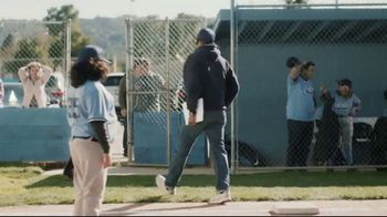 DIRECTV TV Spot, 'Little League' - Thumbnail 9