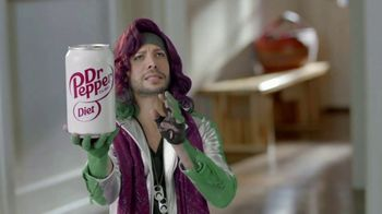 Diet Dr Pepper TV Spot, 'Accent Wall' Featuring Justin Guarini