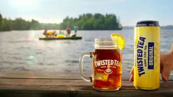 Twisted Tea TV Spot, 'Day Drinking' Song by Parmalee - Thumbnail 10