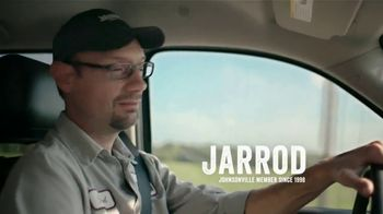 Johnsonville Flame Grilled Sausage TV Spot, 'Jarrod' - Thumbnail 2