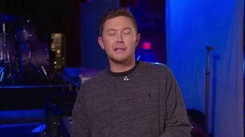Operation Homefront TV Spot, 'CMT: Make a Difference' Featuring Scotty McCreery - Thumbnail 4