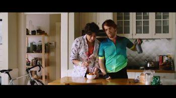 InnovAsian Cuisine General Tso's Chicken TV Spot, 'Bachelor Celebration' - Thumbnail 8