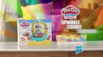 Play-Doh Sprinkle Cookie Surprise Playset  TV Spot, 'Crazy Cookies' - Thumbnail 8
