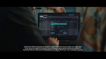 E*TRADE TV Spot, 'Airport' - Thumbnail 7