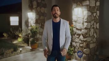 ADT TV Spot, 'All These Things Combined' Featuring Jonathan & Drew Scott - Thumbnail 6