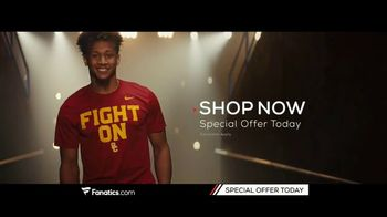 Fanatics.com TV Spot, 'College Gear' Song by Greta Van Fleet - Thumbnail 9