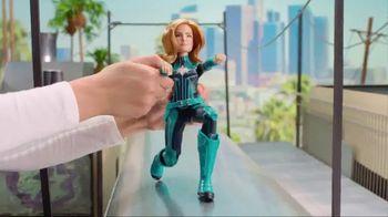 Captain Marvel Dolls & Power Effects Glove TV Spot, 'Soar Among the Stars' - Thumbnail 3