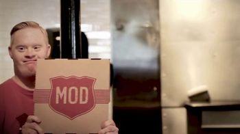 MOD Pizza TV Spot, 'What Is MOD?' - Thumbnail 9