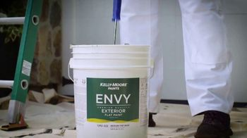 Kelly-Moore Paints Envy TV Spot, 'Pride of the Neighborhood: Free Color Sample' - Thumbnail 4