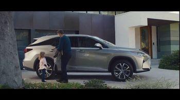 Lexus RX 350L TV Spot, 'Emily' [T1] - Thumbnail 4