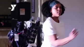 YMCA TV Spot, 'Unlimited Group Fitness Classes: Refer a Friend' - Thumbnail 3