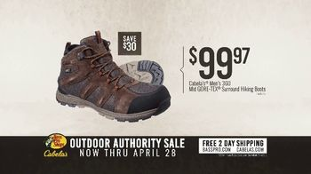 Bass Pro Shops Outdoor Authority Sale TV Spot, 'Camp Chairs & Hiking Boots' - Thumbnail 6