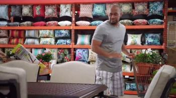 The Home Depot Spring Black Friday TV Spot, 'Herbs & Vegetables or Trimmer & Blower Combo Kit' - Thumbnail 5